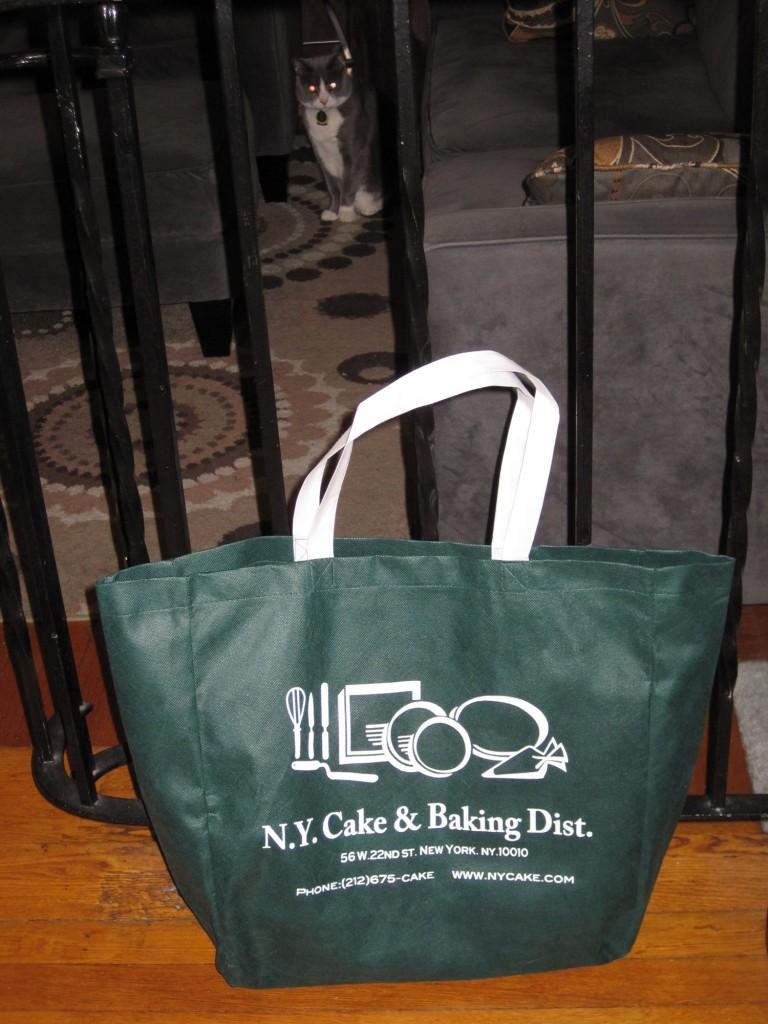 NY_Cake_tote