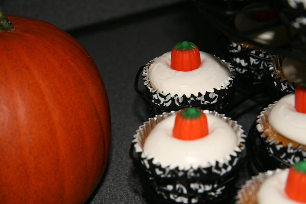 Pumpkin_pie_cupcakes4