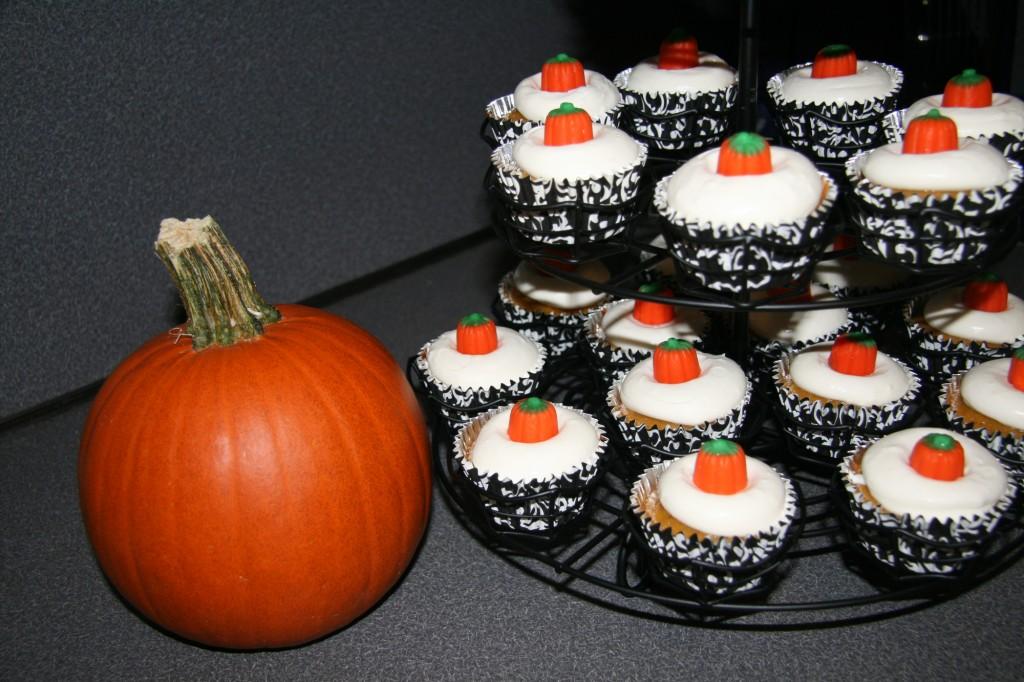 Pumpkin_pie_cupcakes6