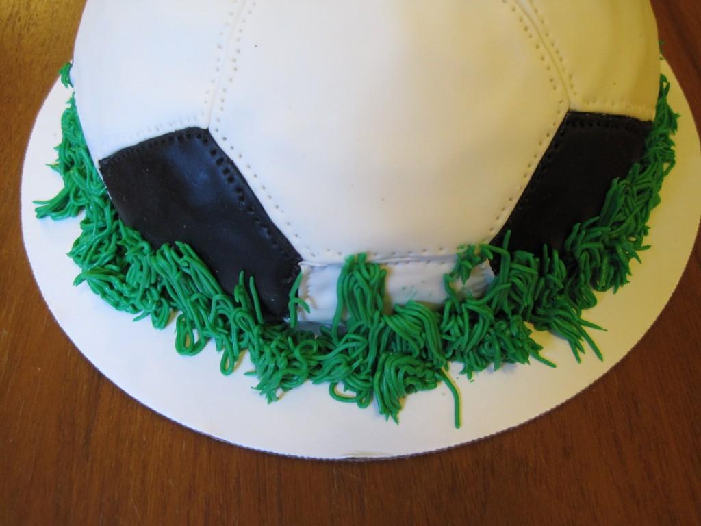 Soccer_cake2